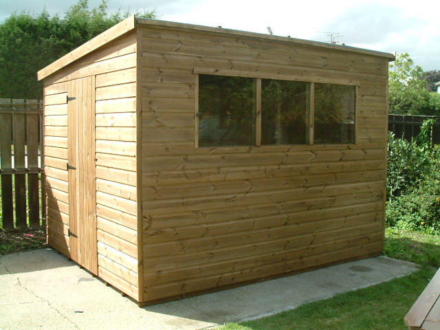 Pent Garden shed by Sheds Unlimited, 10 x 8 with door in 8' end